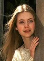 Judi Bowker 1